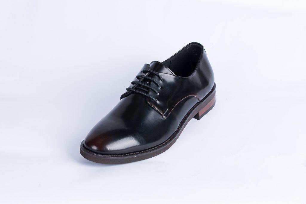 trends in men shoe